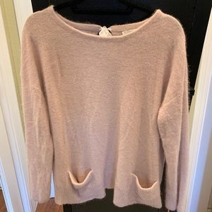 Hinge pink sweater